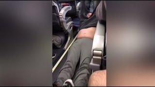 United Forcibly Removes Passenger