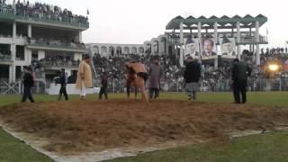 Naeem Butt VS Hamid Khan Gujranwala jashne bahara dangal