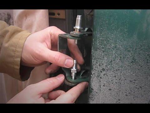 Chevy Silverado Door Hinge Pin Replacement 1999 - 2006