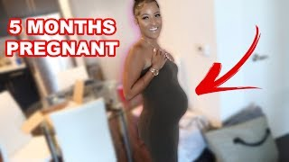 Girlfriend Learns How To Be Pregnant Before She Really Gets Pregnant... 😉(Fake Pregnant Belly)