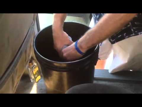 Cleaning a car headliner