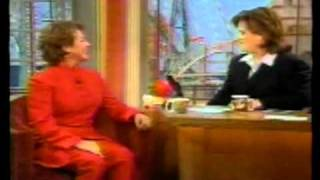 HELEN REDDY - INTERVIEW AND DUET WITH ROSIE O'DONNELL - I AM WOMAN