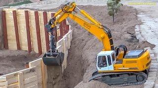 RC truck construction site action! BIG R/C machine ACTION!