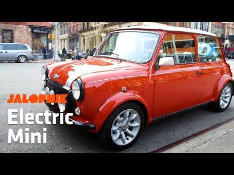 Jalopnik Drives an Electric Mini Cooper Around The City
