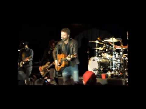 Dierks Bentley - Feel That Fire (Live at Joe's Bar 2/9/12)