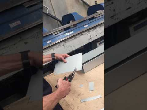 Cutting ZINCALUME® Flat Sheet for Stop end box gutter | Metal Roofing Online