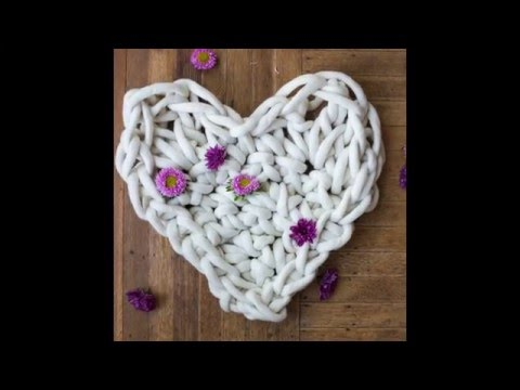 I made a GIGANTIC crochet HEART for Valentine's Day to give my followers!!