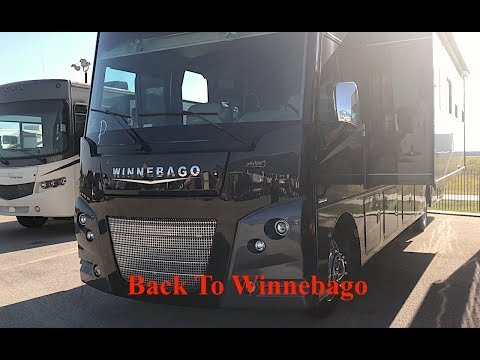 Living in an Airstream - Journal #4 - Quick Trip Back to Winnebago - S2E26