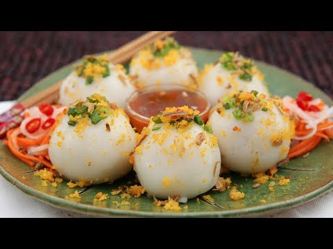 Sticky Rice Dumplings (Banh It Tran)