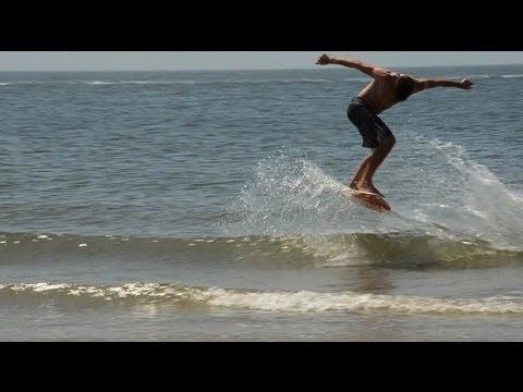 Skimboarding small waves! :: Holland