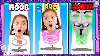 Noob vs. Pro vs. Hacker in HULA HOOP RUNNER!! Schafft Ava ALLE Level?!  💜 Alles Ava Gaming