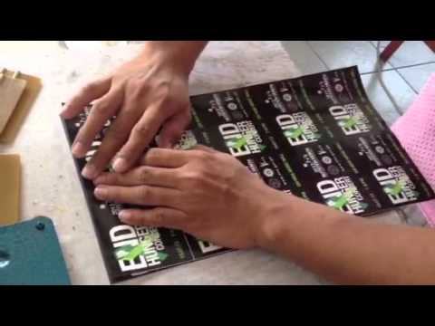 How to apply sticker on magnetic sheet