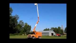 1999 GMC C7500 bucket/tree trimming truck for sale   sold at auction August 15, 2013