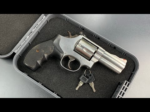 [824] A PLASTIC Gun Safe Picked and Bypassed (SnapSafe's