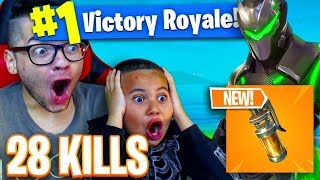 *NEW* STINK BOMB IS OVERPOWERED OMG! 9 YEAR OLD BREAKS HIS WORLD RECORD KILLS! 28 KILLS! FORTNITE BR