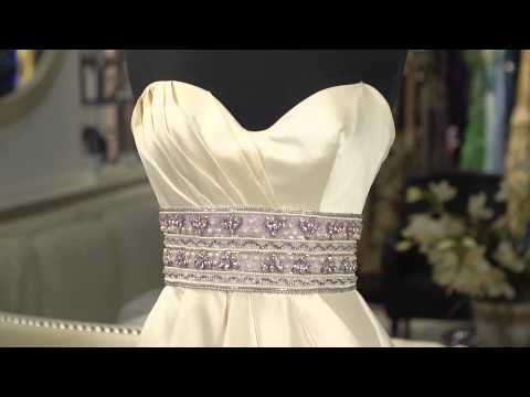Wedding Dress Shapes to Minimize Hips : Wedding Dress Advice