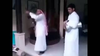 Watch This Funny Shooting ;-) Shoot and Dance