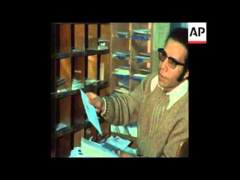 SYND 15-1-73 LETTERS SORTED IN TEL AVIV POST OFFICE