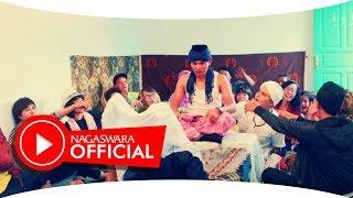 Ksatria - Kawin Muda (Official Music Video NAGASWARA) #music
