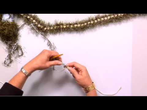 The Joy of Crafting 159/1 - Crochet Rosette Lei