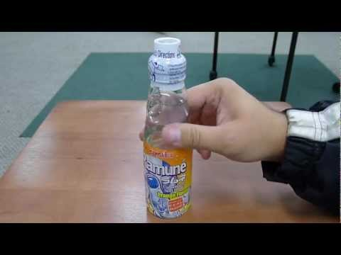 HOW TO: Open a bottle of Ramune.