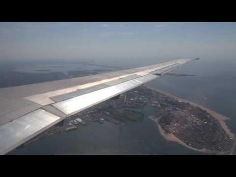 Delta MD-88 landing at New York LGA