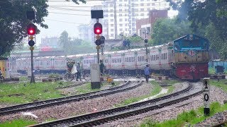Non-stop Subarna Express Train departing Chittagong Railway Station || Bangladesh Railway