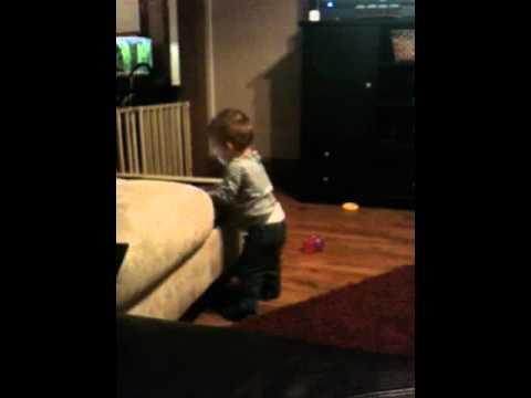 Baby Edan dances to heartless