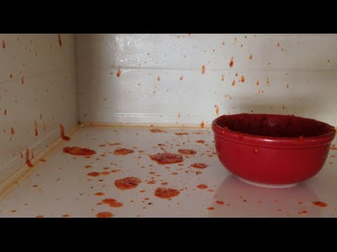 This vs That: Why does tomato sauce explode in the microwave?