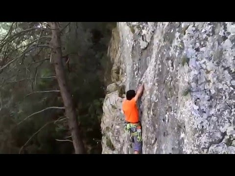 Falesia climbing test drone