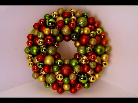 DIY: Bauble Ornament Wreath