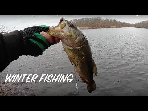Winter Fishing - Never give up! - Lake hopping on Long Island NY