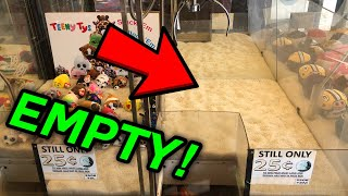 ARCADE WORKER HELPED ME CLEAN OUT THE CLAW MACHINE!! (CLEANED OUT EMPTY!)
