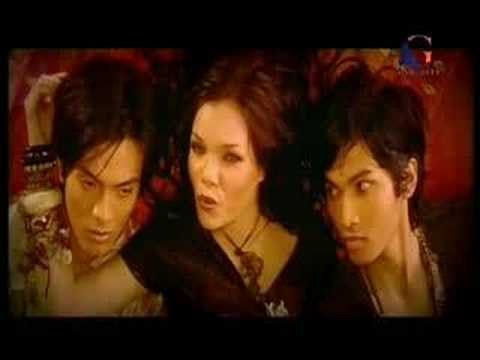 Download Dewi Sandra - Kuakui MP3 Gratis