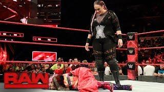 Nia Jax pummels Asuka: Raw, Jan. 8, 2018