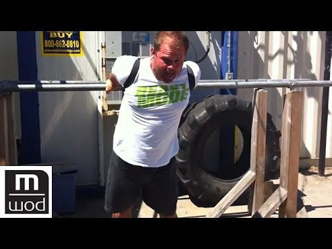 Better shoulder extension | Feat. Kelly Starrett | MobilityWOD