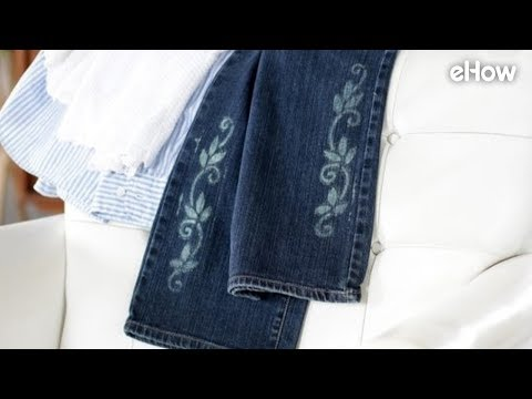 How to Stencil a Design on Jeans with Bleach