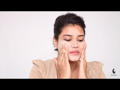 How to Apply Scrub on Face | Face Scrub at Home (Hindi)