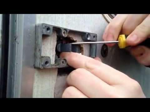 How To Replace Barrel Of Caravan Door Lock (Caraloc)