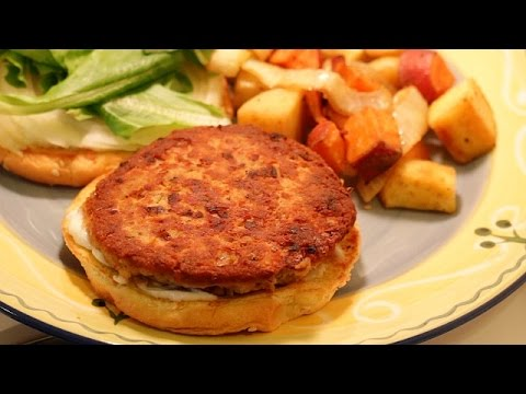 Canned Salmon Recipe -- Salmon Burgers