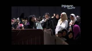 Christian american women accepting islam with tears in hers eyes.-Zakir Naik