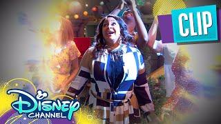 It's Raven's Birthday 🎂| Raven's Home | Disney Channel
