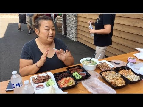 Tasting at Khao Niew Lao Street Food Cart in Happy Valley, OR