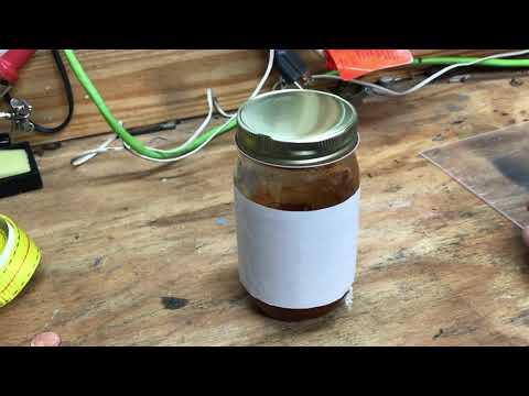 How To Remove Stuck Jar Lids