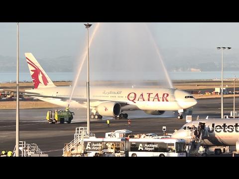 WORLD'S LONGEST FLIGHT   Qatar Airways 777-200LR   Landing and Water Salute at Auckland Airport