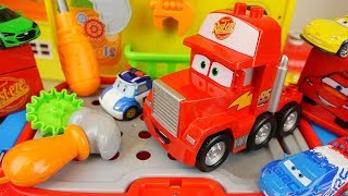 Download Cars truck and Poli car toys tool station play Video