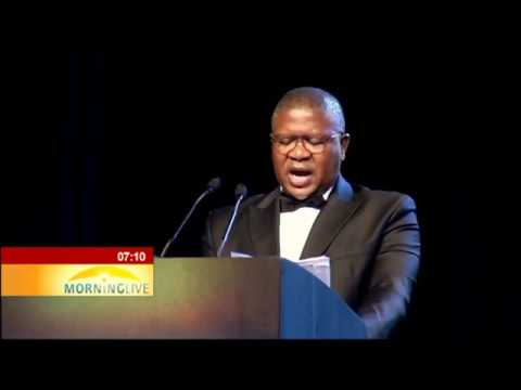 Mbalula pleas to young people from minority race groups to join SAPS
