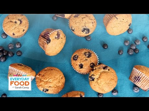 Healthy Banana-Blueberry Muffins - Everyday Food with Sarah Carey