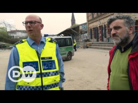 Berlin's Görlitzer Park: The park keeper and the drug dealers | DW English