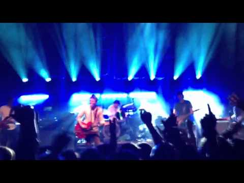 Don't Look Back in Anger -  Noel Gallagher HFB
